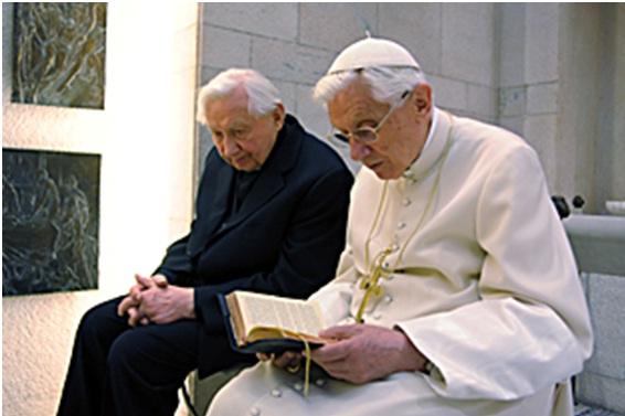 Benedicto XVI cumple 85 años, y 7 como Papa