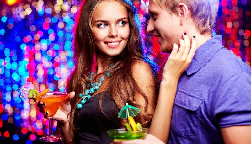 Noches adolescentes en el club