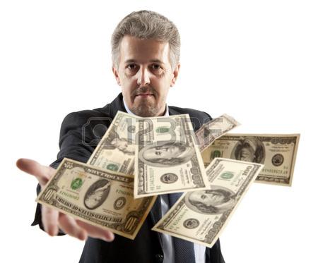 28061776-apuesto-hombre-de-negocios-adulto-lanzando-dolar