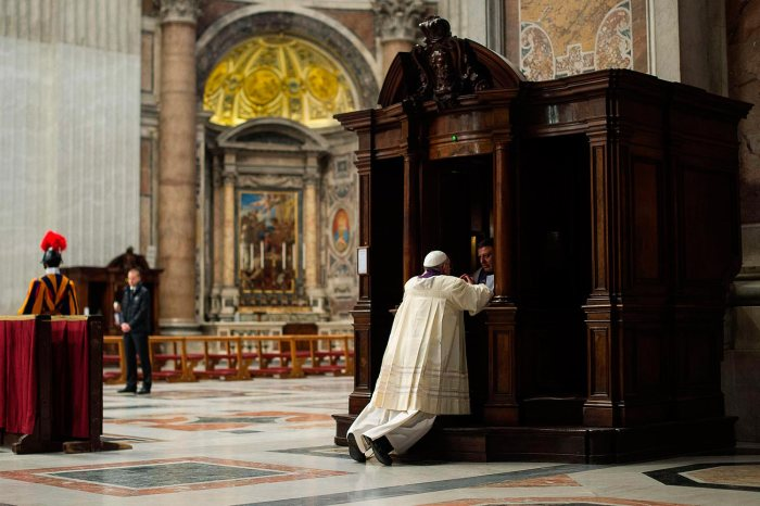 papa-francisco-se-confiesa